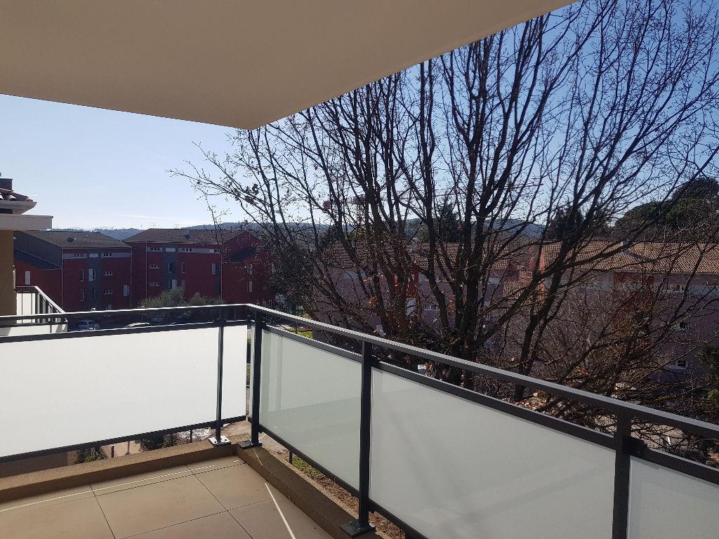 Draguignan dans résidence neuve de 2020 bel F3 2eme ascenceur terrasse 2 places de pkg 227900€ crn2171