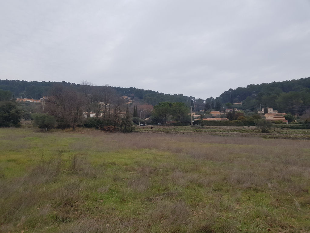 Lorgues quartier calme programme de 15 terrains à construire à partir de 115540€ crn2170