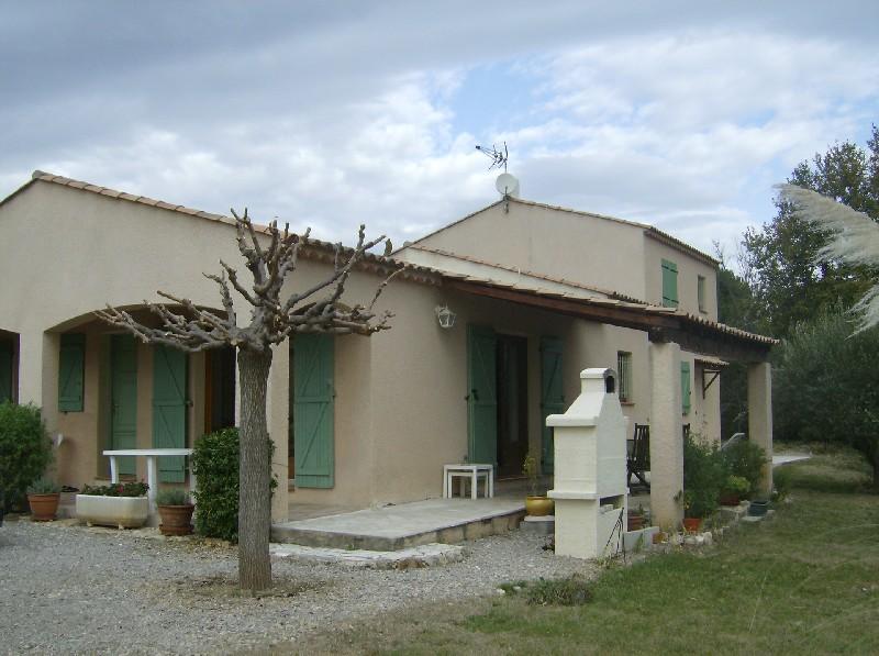 photo de Draguignan -jolie villa F5 160 m pp 750m terrain garage 392000Euro