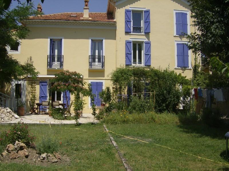 photo de Rare Draguignan centre belle maison bourgeoise F5 130m 450m terrain 386000Euro