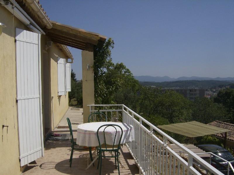 photo de Affaire Draguignan quartier résidentiel et calme belle villa F4 pp récente bon état sur 500m² terrai