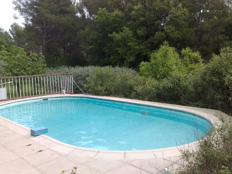 photo de Draguignan villa F4 pp 137m 5300m terrain piscine 445000Euro négociable Agence idimmo 2 rue pierre c