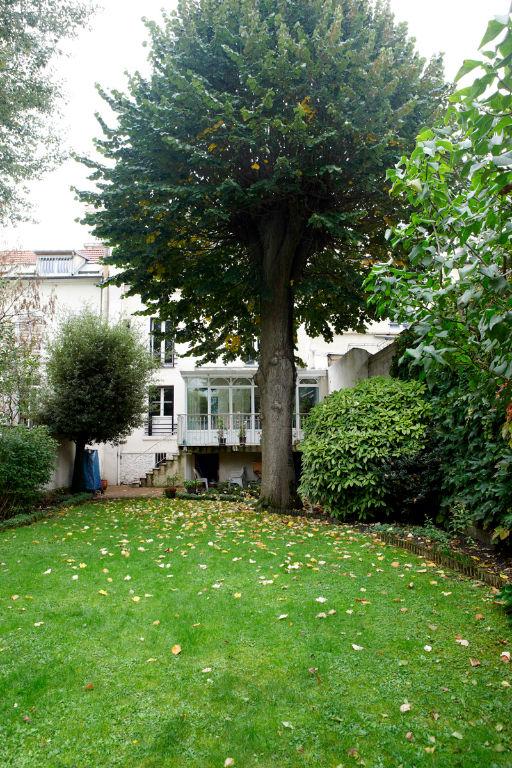 Maison Saint Denis 8 pièce(s) 150 m2