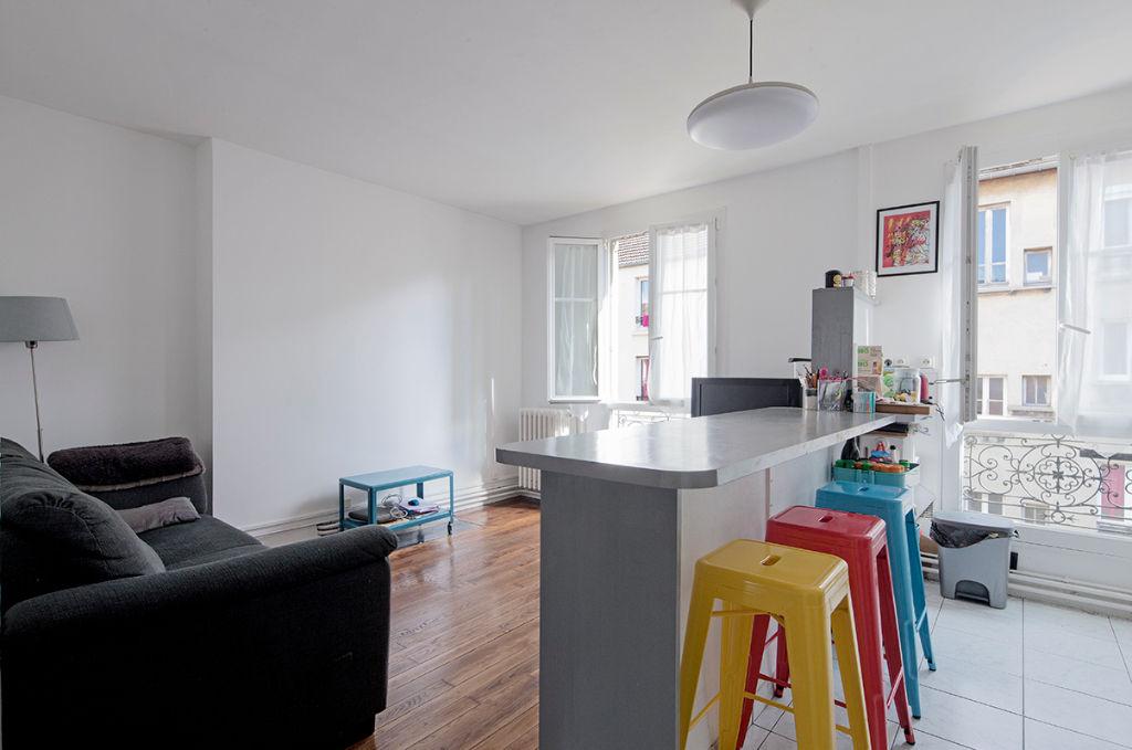 Appartement Saint Denis 4 pièce(s) 64.10 m2