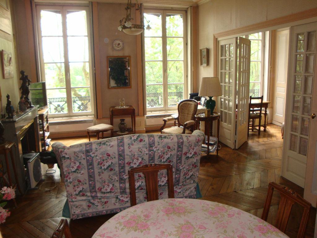 Achat vente appartement lyon appartement a vendre for Achat maison lyon