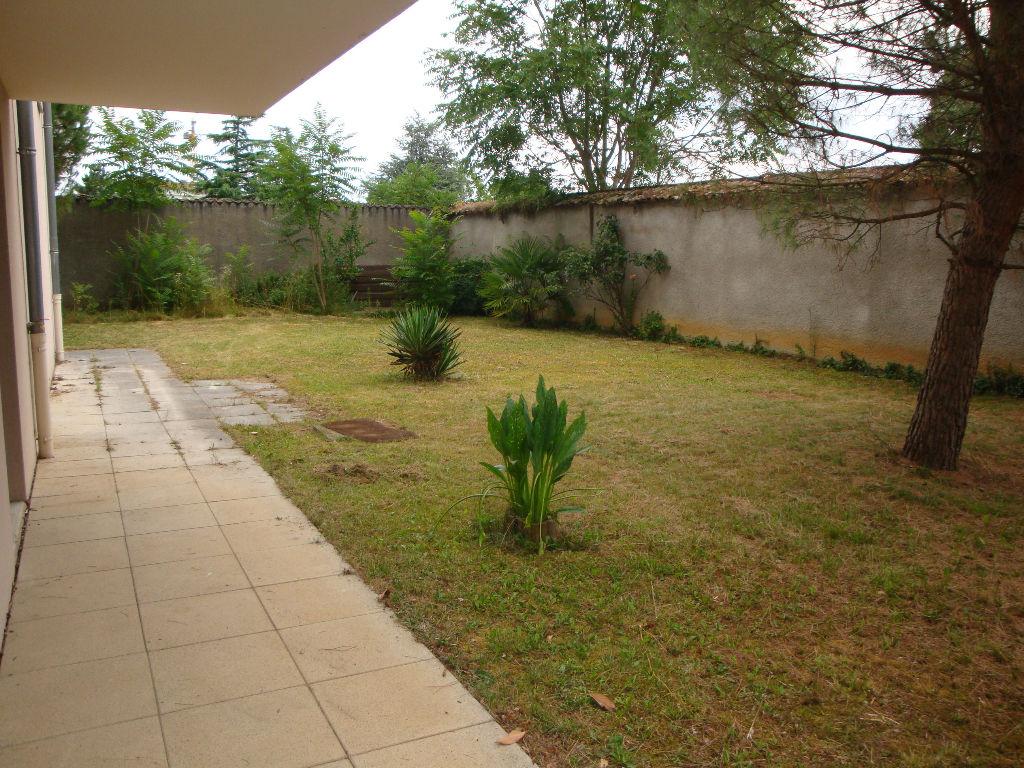 Meyzieu Centre : T4 de 90 m2 avec terrain de 450 m²+ garage