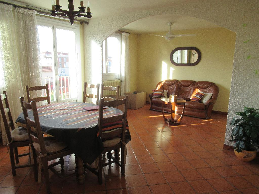 Appartement Villeurbanne T5 de 77 m2