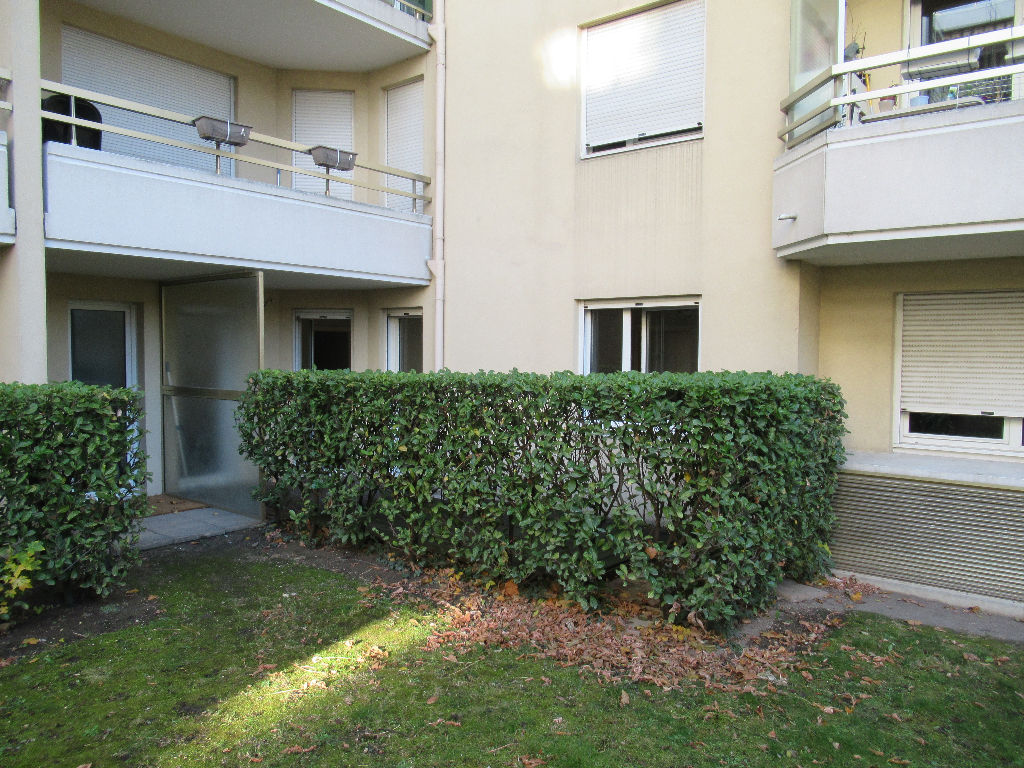 MONPLAISIR : T2 53M²  + garage possible