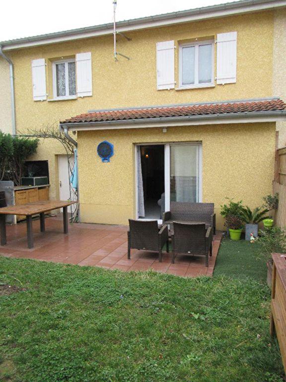 Maison Venissieux 108 m² sur terrain 200 m²