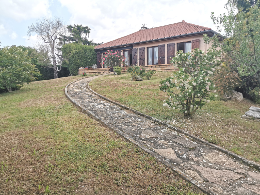Maison Saint Andeol Le Chateau : 100 m2, terrain 760 mhttps://v2.immo-facile.com/catalog/admin-v2/categories_office.php?action=new_product&pID=31766994&search_id=8745_5d25cb2a33d18&window_type=tab#²