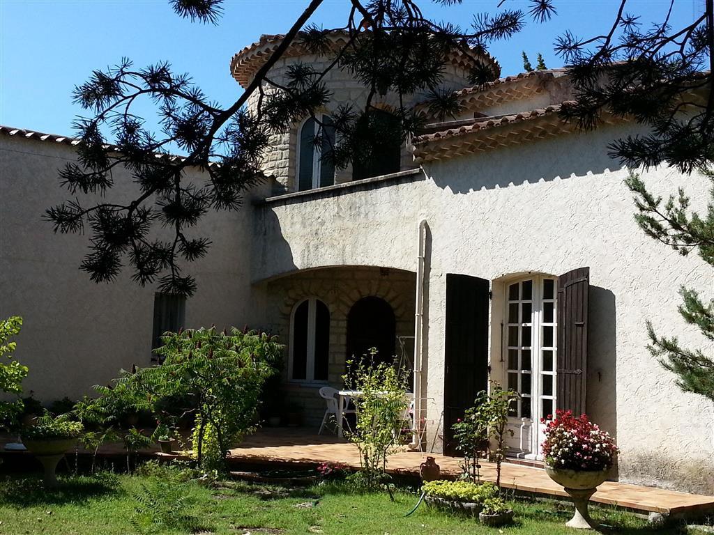Deux villas de 120 et 88 m² dans un parc de 4730 m²