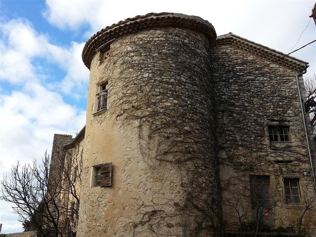 Château de 450 m²  (potentiel 600 m²)