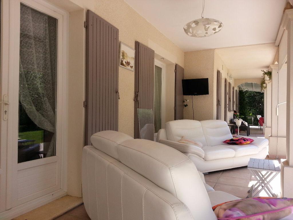 GRIGNAN Villa 160 m² avec piscine 8 x 4