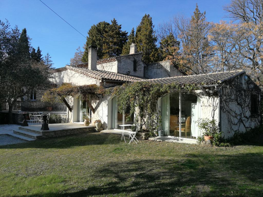 Villa 170 m² - 4 chambres - piscine sur terrain 2000 m²