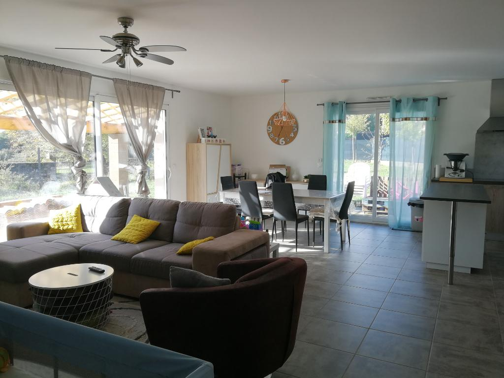 Villa indépendante, très lumineuse 4 chambres