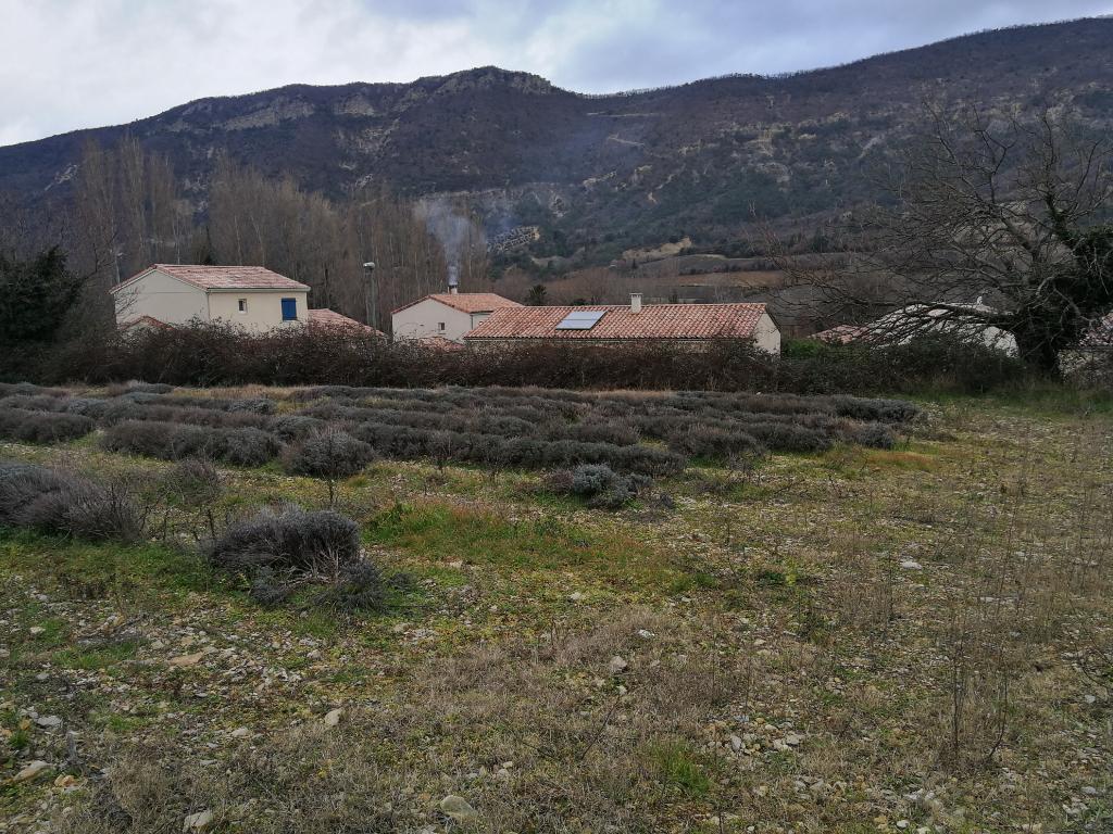 Terrain à bâtir 1870 m²