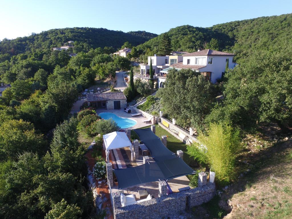 Somptueuse propriété de plus de 400 m²