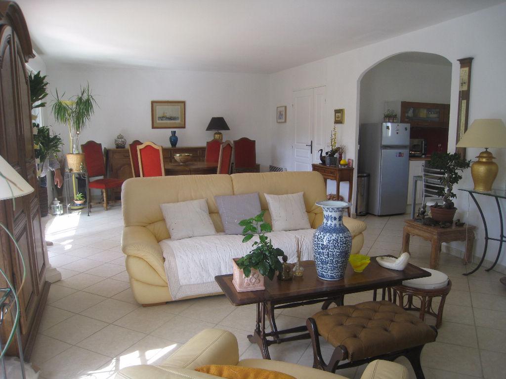 Belle  villa .Sainte Maxime, 4 pi?ces  de 90m2