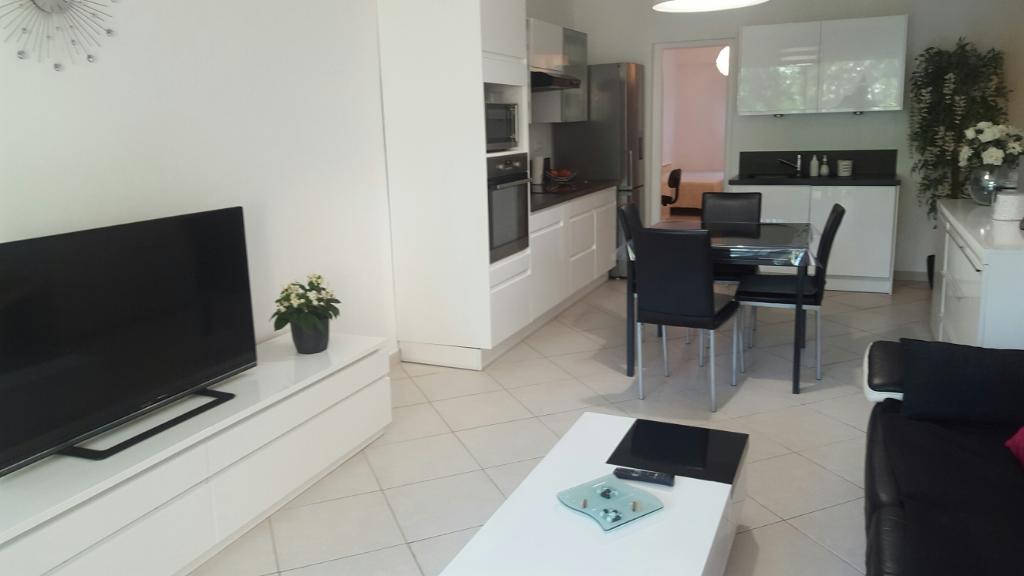 Appartement Saint Raphael 3 pièce(s) proche mer