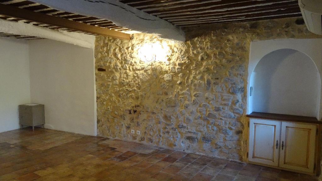Appartement 3 pièces atypique de 63 m² dans Le Vieux Cannet