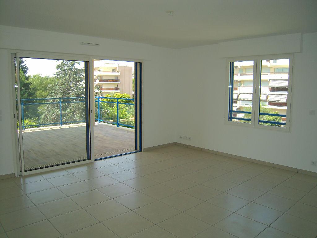Appartement 3 pièces à Antibes de 72 m2