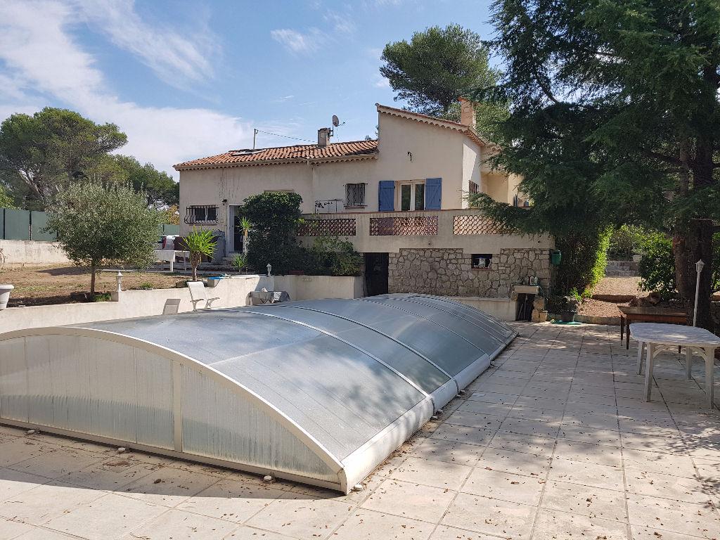 Villa Le Cannet 5 pièce(s) 110 m2 sur 2976 m²