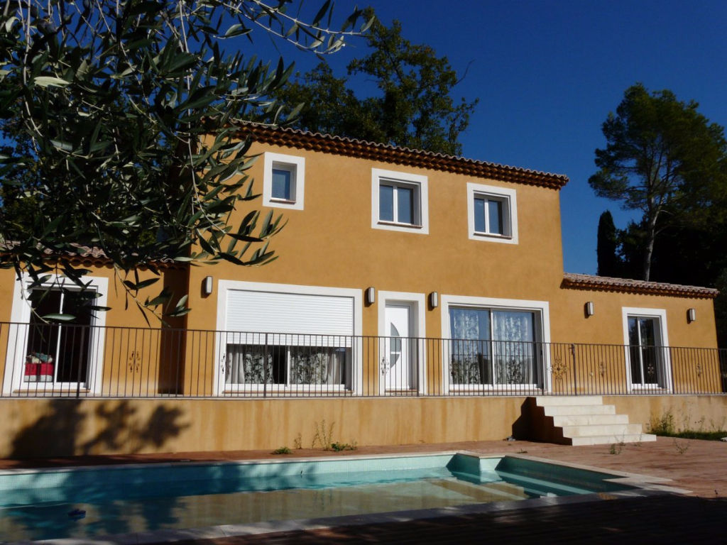 Maison  6 pièce(s) 173 m2 sur 1350 m² à Peymeinade