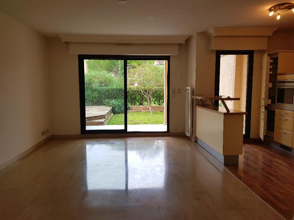 Appartement Le Cannet 3 pièce(s) 68 m2