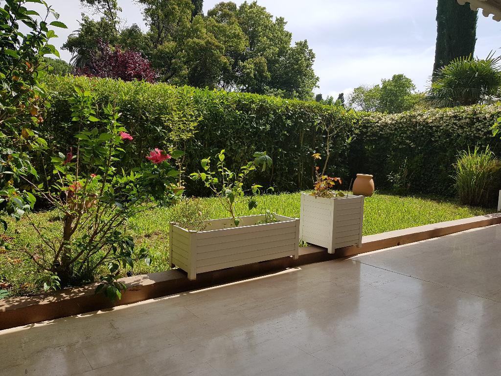 Appartement 2 pièces Rez de Jardin de 57 m² sur Cannes