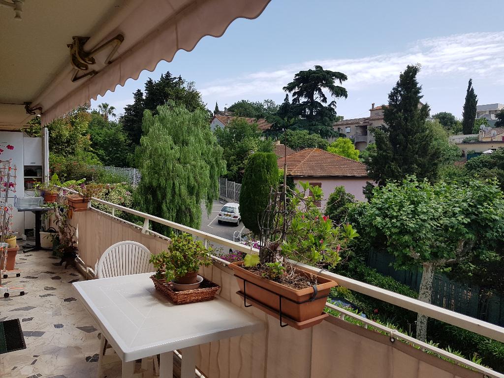Appartement 4 pièces de 79 m² sur Cannes