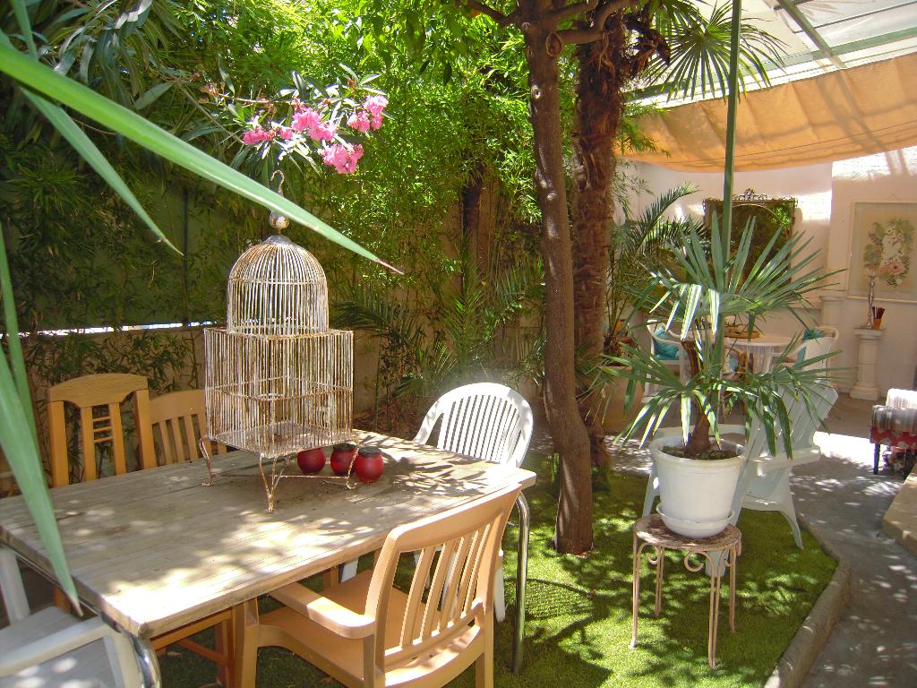 Appartement 4 pièces de 96 m² en rez-de-jardin sur Cannes