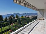 Appartement Croix des Gardes 2 pièces de 59 m² - Vue Mer panoramique