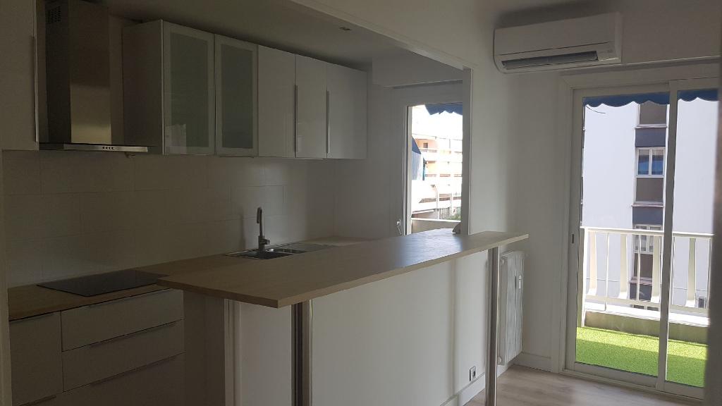 Appartement 2 pièces de 48 m² sur Le Cannet