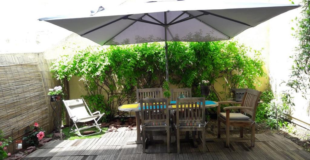 Appartement  rez de jardin 2 pièces de 49 m² sur Cannes