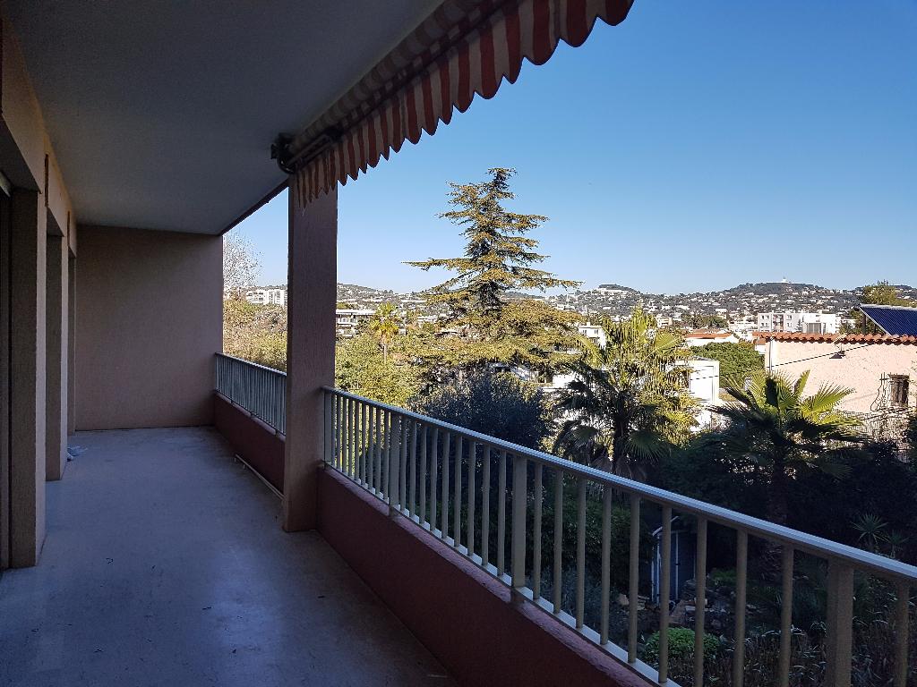 Appartement 3 pièces de 62 m² sur Cannes