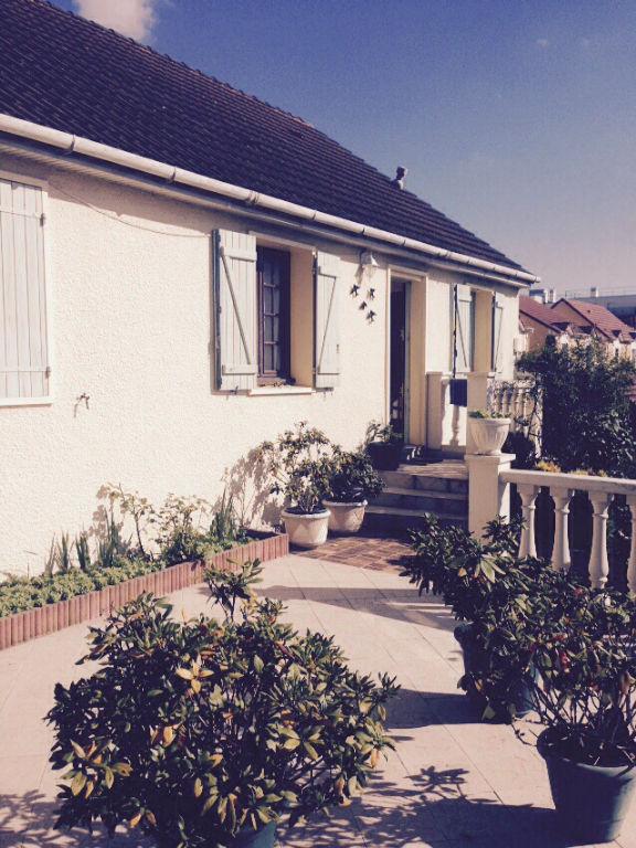 achat vente maison argenteuil maison a vendre argenteuil idimmo portail immobilier page 1. Black Bedroom Furniture Sets. Home Design Ideas