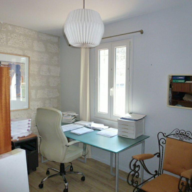 Maison de Village T3 PLEIN COEUR CENTRE HISTORIQUE DE VILLENEUVE
