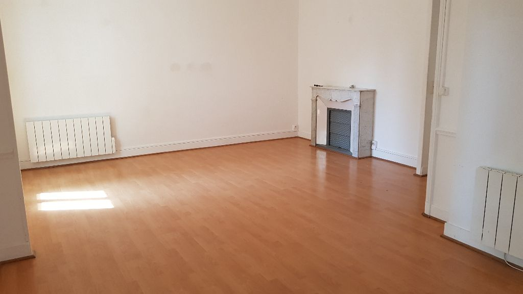 APPARTEMENT T2 RUE GUILLAUME PUY