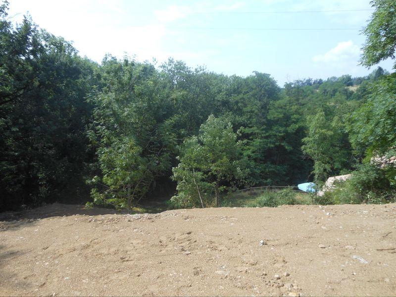 Terrain viabilisé à Boulieu Les Annonay, 900 m2
