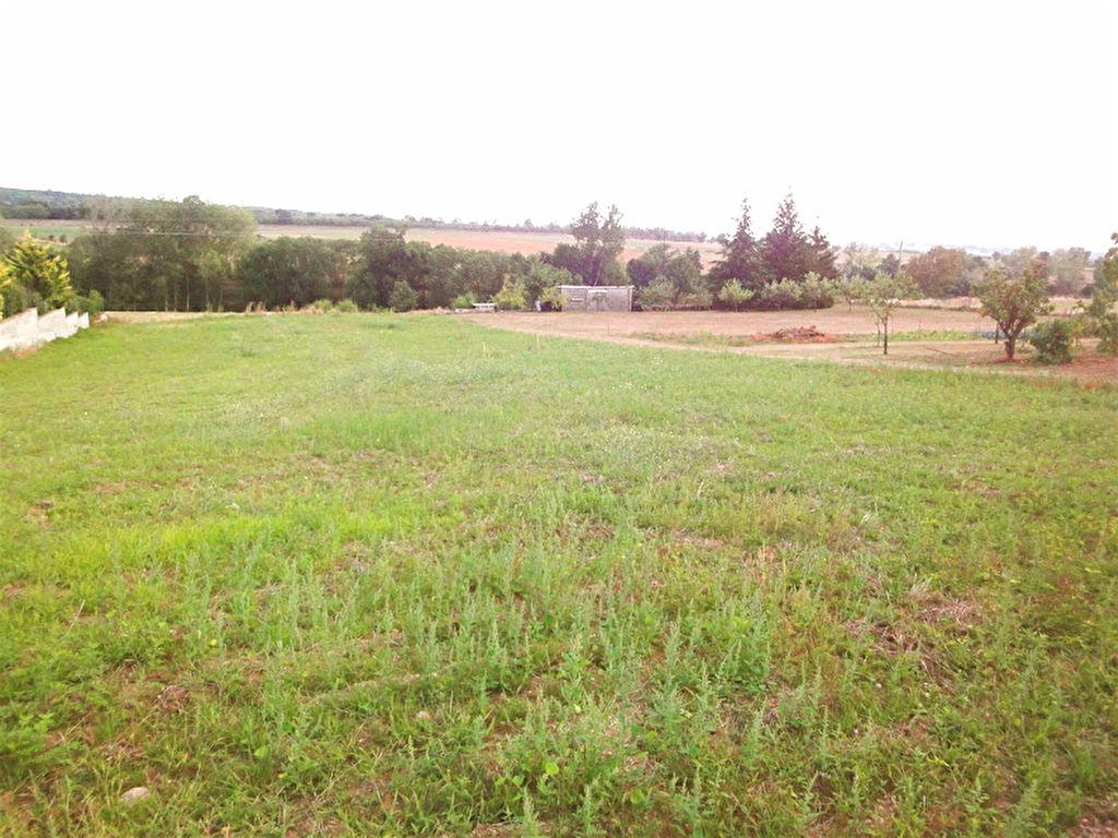 Magnifique terrain à Saint Clair de 708 m2 viabilisé, libre constructeur....