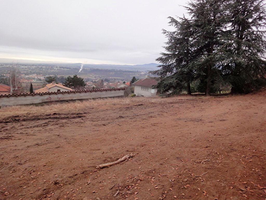 Terrain  viabilisé de 703 m2 à Boulieu-les-annonay à 20 minutes de l'autouroute...
