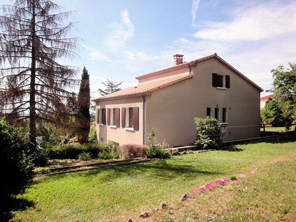 Magnifique maison de 128 m2, bien exposée avec un terrain de 1338 m2 à Boulieu-Les-Annonay