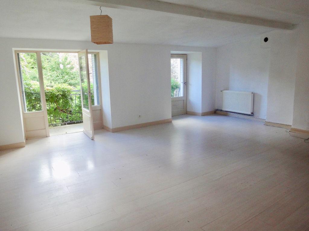 Grand appartement en plein centre ville d'Annonay 5 pièce(s) 175 m2, avec jardin et garage