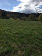 Magnifique terrain de 956 m2, viabilisé, plat à Annonay, proche de la ville, environnement campagne