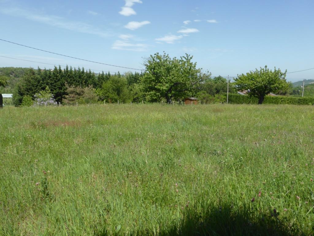 Magnifique terrain de 1100m2 à Thorrenc, viabilités en bordure, proche vallée du rhône