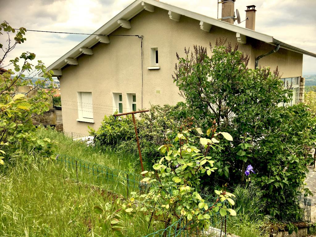 Charmante maison de 95 m2 sur sous sol avec un terrain de 980m2 environs à Roiffieux proche d'Annonay