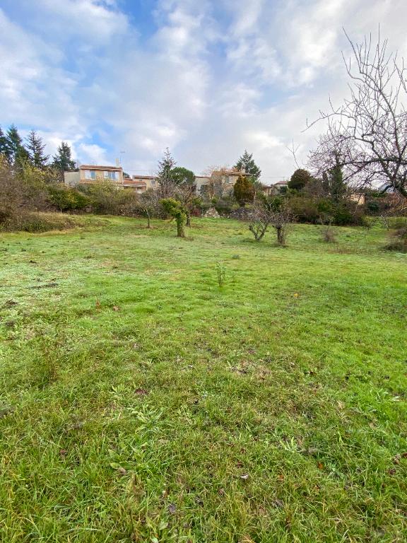 Magnifique terrain de 1109m2, proche commodités à Boulieu-Les-Annonay, à 20 minutes de l'autoroute