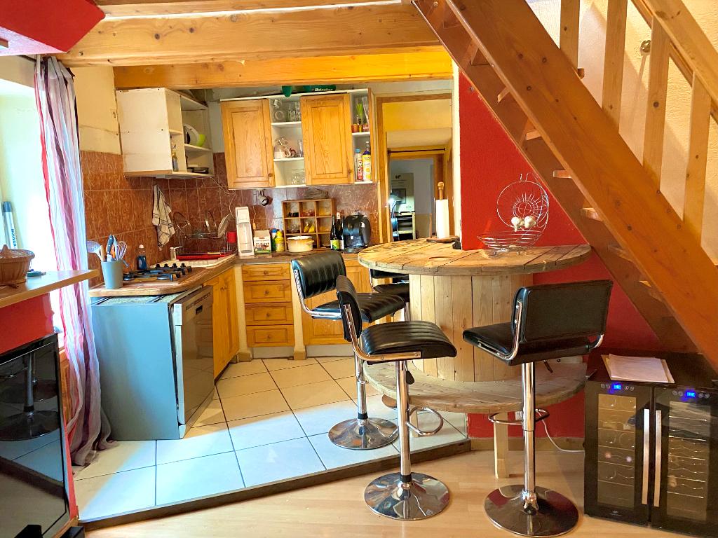 Magnifique duplex de 70 m2, 3 chambres au abord du centre-ville d' Annonay....