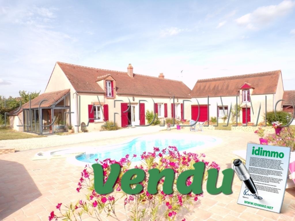 Maison A VENDRE sur 1413 m² de terrain et piscine chauffée