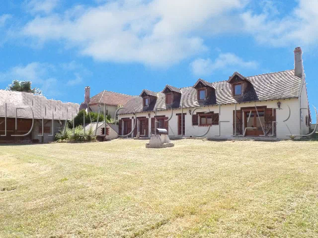 BEAUMONT DU GATINAIS Property For sale 4 rooms - 137 m² Living space on 2723 m² of land